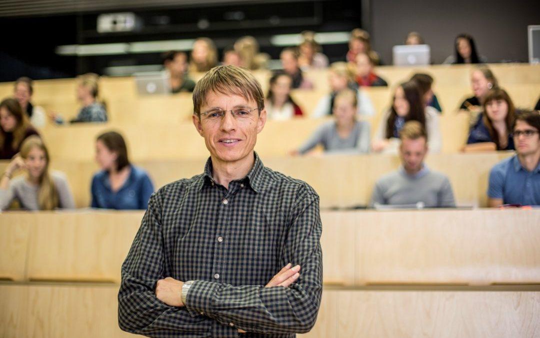 UMIT-Wissenschaftler wurde vom Wissenschaftsministerium für den Ars Docendi – Staatspreis für exzellente Lehre nominiert